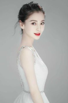 Beautiful Young Lady, Beautiful Asian Women, Prity Girl, Angelababy, Cute Beauty, Sexy Asian Girls, Ulzzang Girl, Shanghai, Girl Pictures