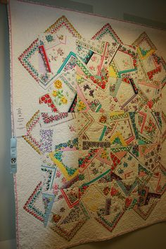 Vintage hankie quilt. Look closely for inspiration. Crazy Quilting, Crazy Patchwork, Modern Quilting, Vintage Linen, Vintage Quilts, Vintage Fabrics, Upcycled Vintage, Fabric Crafts, Sewing Crafts