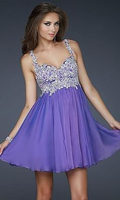 This dress is darling. I love the bodice, it is so sweet and totally complete the dress.