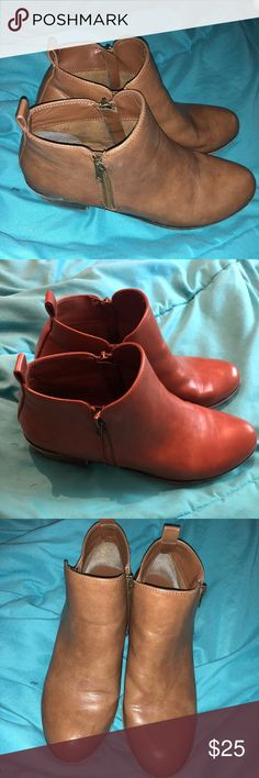 1229f7e8c1a Shop Women s jessica cline Brown size 8 Ankle Boots   Booties at a  discounted price at Poshmark. Description  Zips up on both sides.