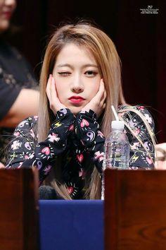 South Korean Girls, Korean Girl Groups, Pledis Girlz, Pledis Entertainment, Pop Group, Kpop Girls, Entertaining, Pink, Jelly Jelly