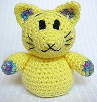 93 Cat Free Crochet Amigurumi Patterns from https://freeamigurumipatterns.wordpress.com/category/cat/