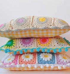 Artes Manuais, Artesanato, DIY, Manualidades, Crochê,aplicações em tecido, cortina de garrafa, almofadas, bordados...tudo lindo!