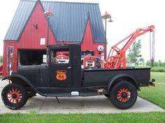 Old school Phillips 66 Rv Truck, Old Pickup Trucks, Big Rig Trucks, Cool Trucks, Fire Trucks, Chevrolet Trucks, Chevy Trucks, Freightliner Trucks, Dually Trucks