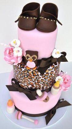 Pink panterprint cake
