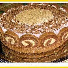 Érdekel a receptje? Hungarian Desserts, Hungarian Cake, Hungarian Recipes, Croatian Recipes, Chestnut Cake Recipe, Cupcake Recipes, Cookie Recipes, Cake Slicer, Waffle Cake