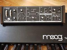 MATRIXSYNTH: Moog Taurus II Bass Synthesizer