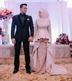 Happy wedding @deenameir @saharulridzwan Muslimah Wedding Dress, Muslim Wedding Dresses, Hijab Bride, Muslim Brides, Muslim Dress, Bridal Dresses, Wedding Gowns, Dress Muslimah, Moslem Fashion