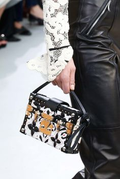 Louis Vuitton Fall 2015 Ready-to-Wear - Collection - Gallery - Style.com http://2015cheapsalebags.hitekcenter.net/