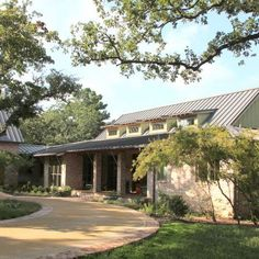 Henderson County, Texas, Lake Home. Architectural Design by, Stephen B. Chambers, A.I.A. Builder: Danny Tidmore.