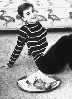 Audrey Hepburn photographed by Mark Shaw, 195-
