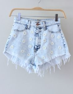 These are super cute!♡ Reminds me of a pair of jean shorts I used to have... now I have a good excuse to get these or something similar! :)