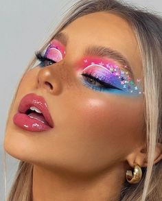 Purple Makeup Looks, Cool Makeup Looks, Glam Makeup Look, Creative Makeup Looks, Blue Makeup, Glitter Makeup, Beauty Makeup, Contour Makeup, Eyeshadow Makeup