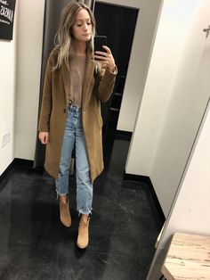 69b5e5283eed48 Madewell Monsieur Coat Camel Color. Madewell Lonnie Suede tan boots.  Vintage high waisted mom