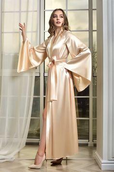 Lace Bridal Robe, Wedding Lingerie, Bridal Gowns, Wedding Kimono, Lace Kimono, Bridesmaid Robes, Dressing, Satin, Floor