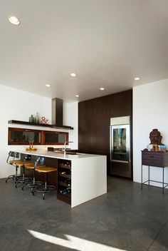 Apartment Design, House Painting White Roof Space With Marmer Floor As White Table Buddhist Retreat 4: Modern Desert Sanctuary in Utah  The ...