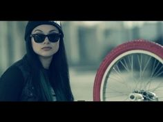 Snow Tha Product - Doing Fine [Music Video]  My new fav white girl rapper....up until 30 min ago I didn't have a fav white girl rapper! lol