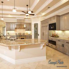 Home Decor Kitchen, Kitchen Living, Diy Kitchen, Kitchen Ideas, Kitchen With Corner Pantry, Half Wall Kitchen, Ivory Kitchen, Kitchen Family Rooms, Kitchen Trends