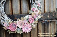 Vintage paper flower wreath | Organizatorka