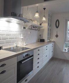 Modern Home Decor Kitchen Kitchen Room Design, Home Decor Kitchen, Interior Design Kitchen, Home Kitchens, Modern Kitchens, Open Plan Kitchen, New Kitchen, Small Space Interior Design, Cuisines Design