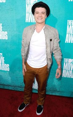 MTV Movie Awards, Josh Hutcherson~~~Peta Mellark