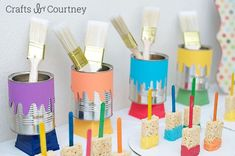 Save soup cans! Easy DIY Kids Art Themed Birthday Party featuring these adorable rice krispie treat paint brushes Artist Birthday, Birthday Painting, Kids Art Party, Craft Party, Diy Party, Painting Party Kids, Ideas Party, Work Party, Theme Ideas