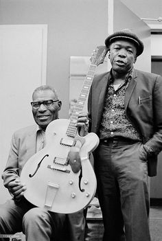 Howlin' Wolf and John Lee Hooker at Hunter College, New York City, September Photo Don Paulsen. Howlin' Wolf, John Lee Hooker, Jazz Artists, Blues Artists, Jazz Musicians, Music Artists, Delta Blues, Johnny Shines, Memphis Slim