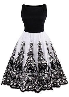 $22.54 Vintage Embroidered Flare Dress - Black