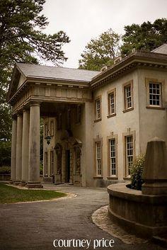 the swan house. I love pillars