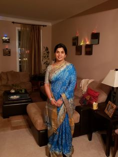 Bengal Looms Diva: Jyothi from New Jersey looking fabulous in her Printed Tussar Silk Saree from Bengal Looms. Thank you Jyothi for sharing this beautiful pic of you with us.