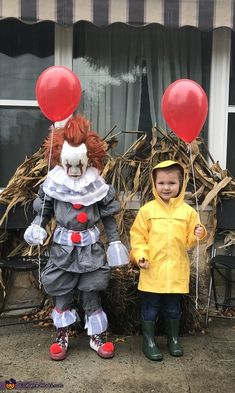 Nicole: My son Lucas loves Pennywise and asked to be him for Halloween this year. I couldn't find anything his size online so I decided to make it. Pennywise Costume For Kids, Boys Scary Halloween Costumes, Halloween Duos, Halloween Costumes Online, Kids Costumes Boys, Halloween Costume Contest, Family Halloween, Halloween Outfits, Diy Halloween