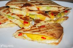 Mango y queso Queso Brie, Quesadillas, Deli, Sandwiches, Tacos, Mexican, Cooking Recipes, Dishes, Ethnic Recipes