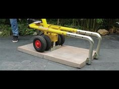 Easily lift slabs and pavers of varying sizes. Save your back and work more efficiently with EasyLIFT! Available at PAVE TECH. Construction Tools, Concrete Pavers, Garage Tools, Wheelbarrow, Outdoor Projects, Diy And Crafts, Projects To Try, Backyard, Tech