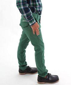 Pantalón Tommy Hilfiger Verde.  #pantalón #tommyhilfiger #moda #niño