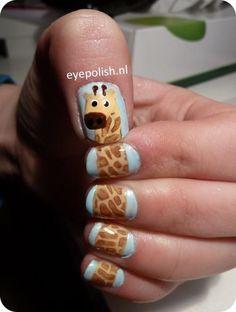 Wow! Giraffe Nail Art!