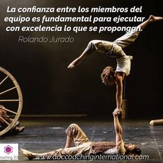 La confianza entre los miembros del equipo es fundamental para ejecutar con excelencia lo que se propongan. (Rolando Jurado)  #foco #coach #life #lifestyle #vision #business #money #coaching #mind  #mindfulness #entrepreneur #action #tbt #doityourself #skills #actitud #fe #usa #me #mexico #argentina #venezuela #panama #chile #brasil #bolivia #españa #colombia #peru