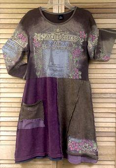 Woman's upcycled tunic, Size Medium, Winter fashion