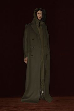"""What's up guys got some cool news in luxury men's fashion for you to check out. Luxury fashion house Balenciaga makes its way back into headlines with the introduction of their latest fall/winter 2016 menswear collection. """"This utilitarian-inspired menswear range was put together even before Demna Gvasalia's appointment, in a similar manner to the seasonal…"""