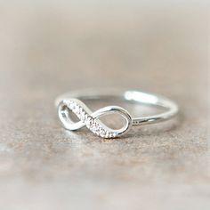 Infinity Ring in silver por laonato en Etsy