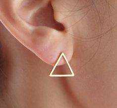 Dreieck Ohrringe, Dreieck Ohrstecker, geometrische How to Choose a Pair of Handmade Earrings As a Gi Mens Gold Jewelry, Rose Gold Jewelry, Copper Jewelry, Unique Jewelry, Gold Jewellery, Ear Jewelry, Jewelry Accessories, Jewelery, Labret Jewelry