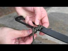 Black Scout Tutorials - Wrapping a Paracord Knife Handle