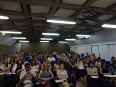 Jornalismo de Moda foi tema que reuniu profissionais atuantes na área e uma plateia pra lá de atuante, interativa e interessada durante 15 encontros realizados na ECA USP, no 2º semestre de 2012!