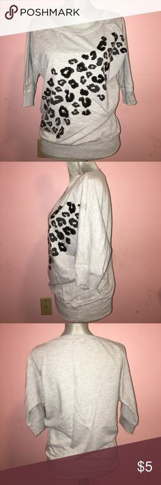 Leopard Sweatshirt - S Gently Used, Been Thru a Few Washes. Small Stain on Upper Arm that Isn't Noticeable Unless Bright Light is On It (Flash). Perfect w/Leggings to Run Errands! Bought @ JCP 💙🖤 Miss Chievous Tops Sweatshirts & Hoodies