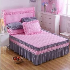 Pink and Dark Gray Quilt Handmade Bed Sheets, Diy Bed Sheets, King Size Bed Sheets, Cheap Bed Sheets, Bed Sheet Sets, Teen Bedding, King Bedding Sets, Luxury Bedding Sets, Comforter Sets