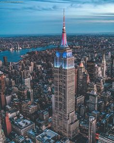 Empire State Building by Marco Degennaro Photography - The Best Photos and Videos of New York City including the Statue of Liberty, Brooklyn Bridge, Central Park, Empire State Building, Chrysler Building and other popular New York places and attractions.