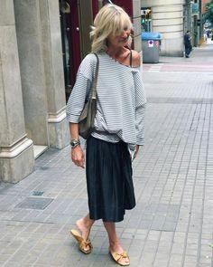 "805 Me gusta, 13 comentarios - Patrizia Casarini (@patzhunter) en Instagram: ""Comfy thursday....!!!! #loosefit #comfortstyle #casual #mystyle"""