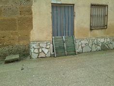 http://gorriondeasfalto.com/2015/01/03/aqui-no-entra-ni-el-gato/