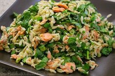 Salmon, Spinach, and Orzo Salad with Lemon-Dill Vinaigrette (Salmon Spinach Recipes) Canned Salmon Recipes, Seafood Recipes, Cooking Recipes, Fish Recipes, Canned Salmon Salad, Main Dish Salads, Dinner Salads, Risoni, Salmon Salad Recipes
