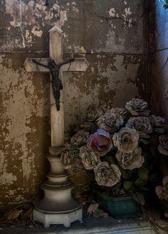 Mausoleum Interior, Pere Lachaise Cemetery | by margatt2012