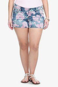 Torrid Denim - Sophia Vintage Rose Denim Shorts - pair with flowy shirt and cute sandals!